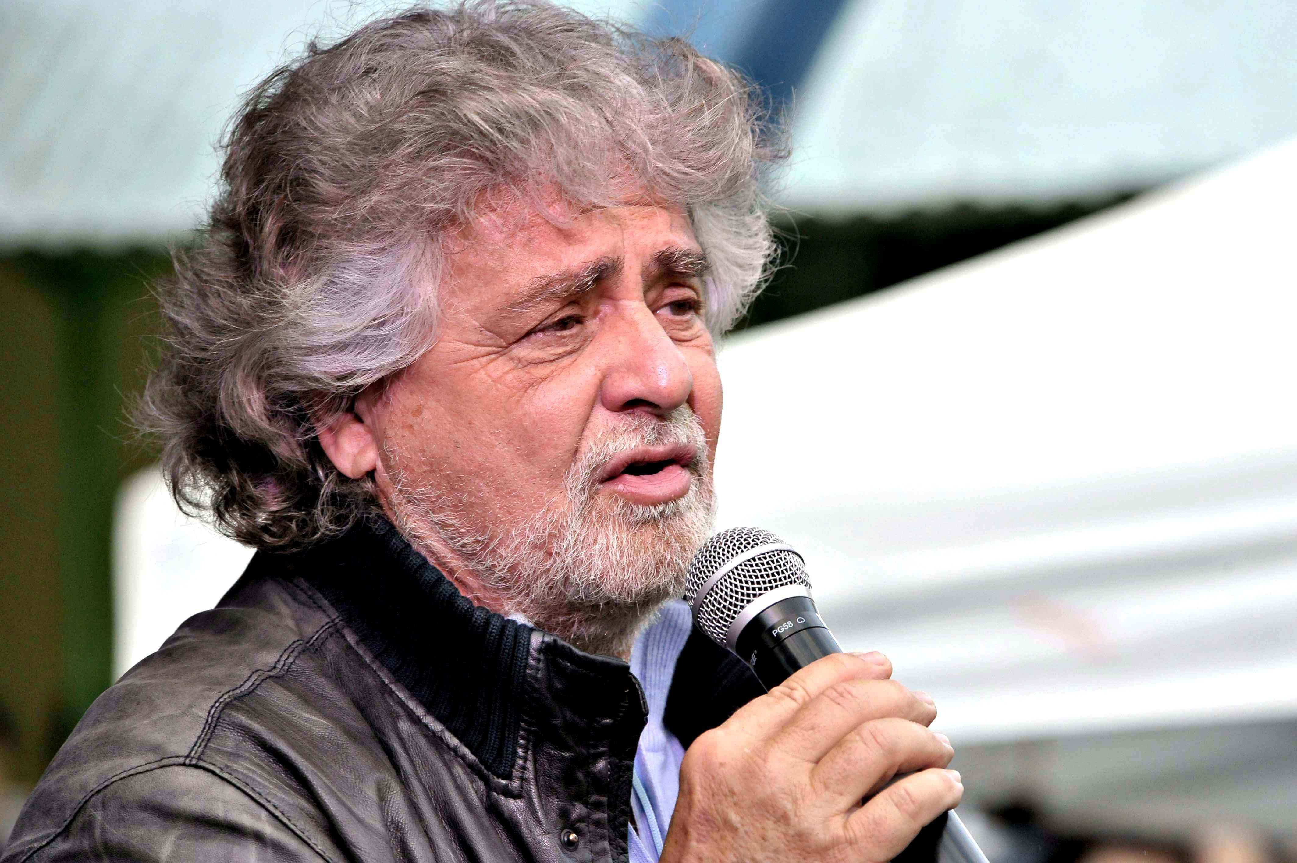 ROSTA (TO): BEPPE GRILLO A SOSTEGNO DEL CANDIDATO SINDACO DIMITRI DE VITA
