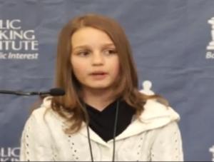 bambina di 12 anni spiega la truffa del sistema bancario