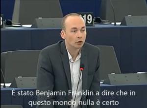 parlamentare irlandese murph interviene e straccia dichirazione dei redditi