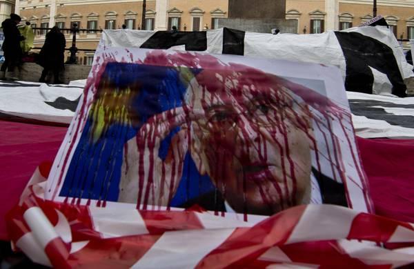 Manifestanti pro-Stamina bloccano traffico in centro a Roma