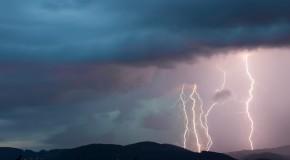 Maltempo, peggiora a nordovest, rischio nubifragi in Sardegna!